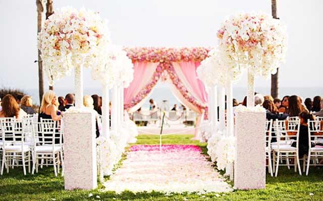 Düğün Yolu Ve Düğün Alanı Süsleme